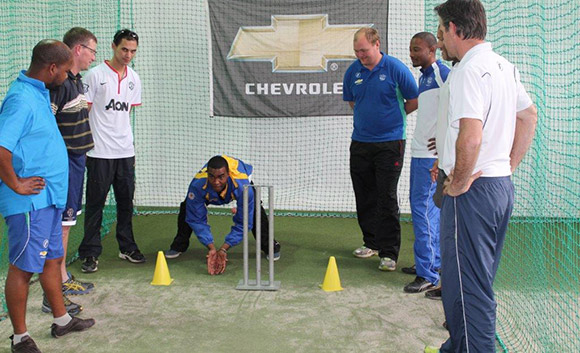 SWD Cricket - Keeping demonstration