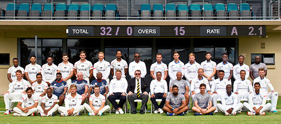 SWD Cricket - A combined photograph of the Buildnat Cape Cobras and the Bizhub Highveld Lions