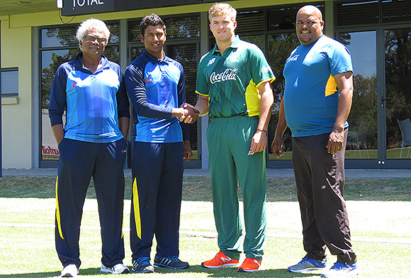 SWD Cricket - Under 19 Sri Lankan and South African captains shaking hands