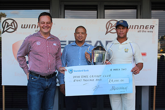SWD Cricket - Pieter Stuurman receives the Pietersen Trophy as winners of the Premier League