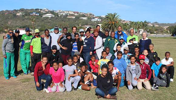 SWD Cricket presented a coaching clinic for the youth at Great Brak River