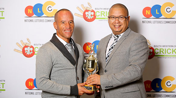 SWD Cricket - Elridge Booysen received the trophy as coach of the SWD RPC/Hub team