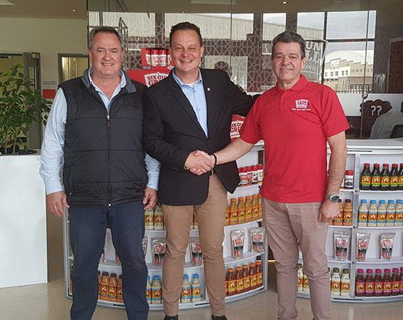SWD Cricket with new sponsor, Six Gun Grill